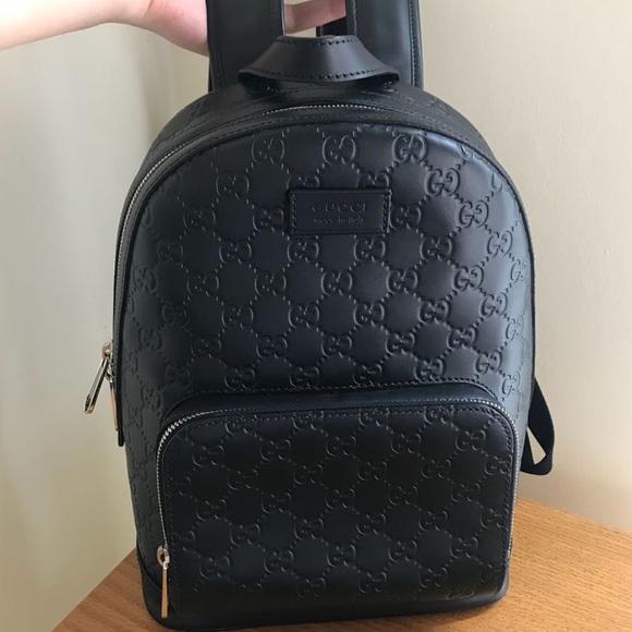 38a903d96a5 Gucci Handbags - Gucci Signature Black Leather Backpack